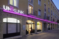 Entrée d'UNIKLINIK Centre Dentaire à Budapest