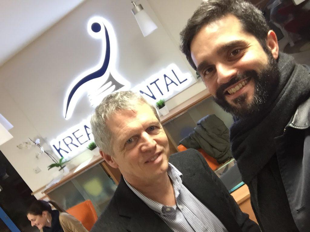 chez Kreativ Dental à Budapest